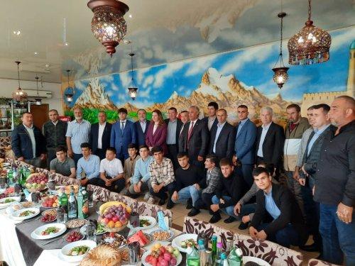 Дар шаҳри Челябинск бо муҳоҷирони меҳнатӣ вохӯрӣ доир гардид